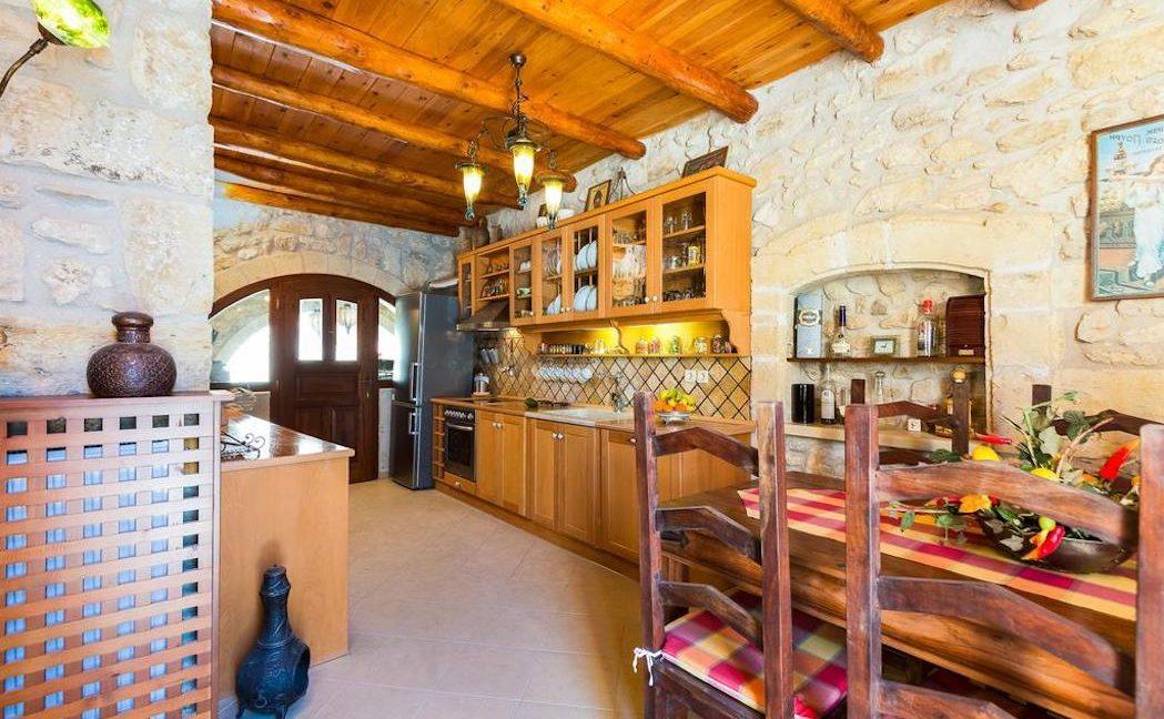 Villa Casa Sanguinazzo historical building in Crete 10