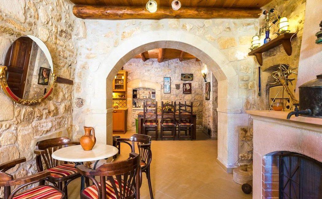 Villa Casa Sanguinazzo historical building in Crete 11