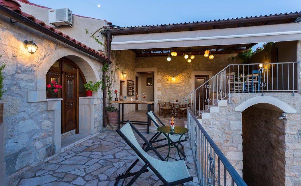 Villa Casa Sanguinazzo historical building in Crete 16