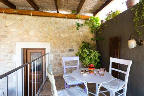 Villa Casa Sanguinazzo historical building in Crete 18