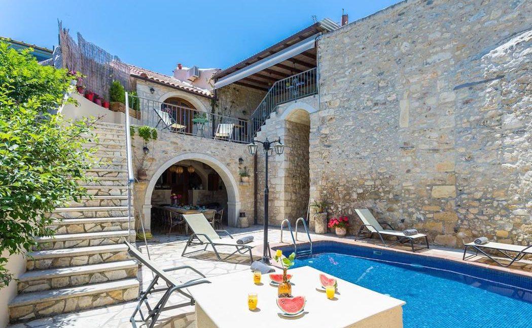 Villa Casa Sanguinazzo historical building in Crete 21