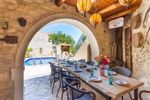 Villa Casa Sanguinazzo historical building in Crete 24