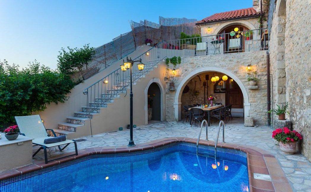 Villa Casa Sanguinazzo historical building in Crete 25