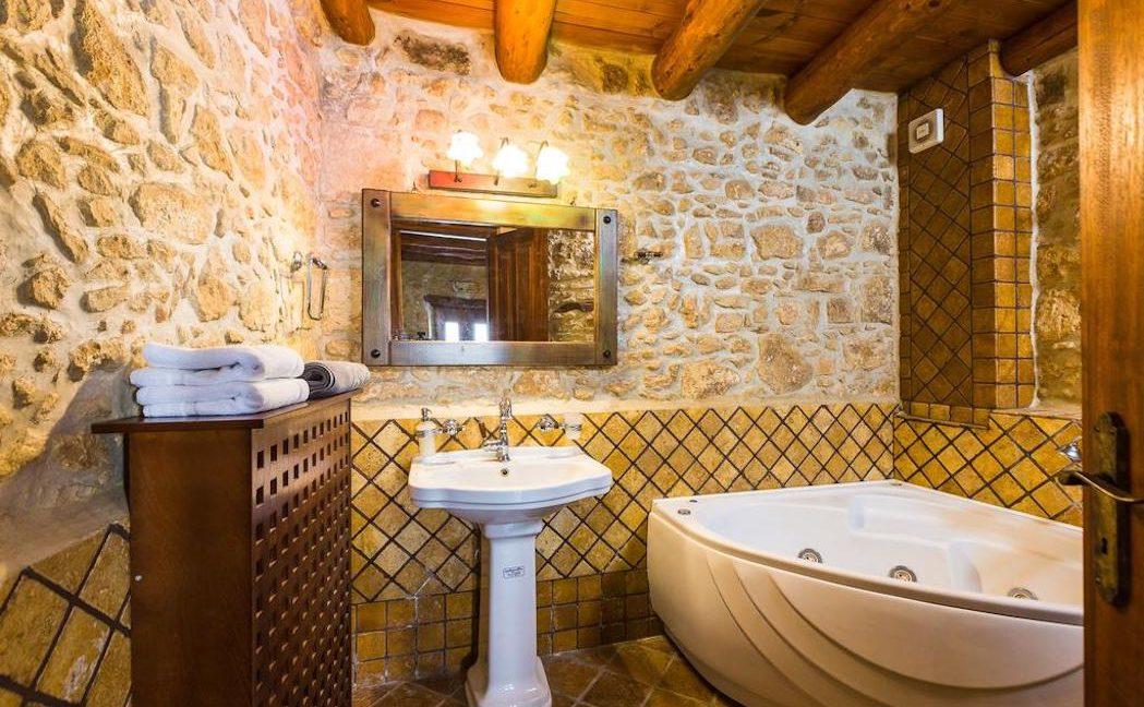 Villa Casa Sanguinazzo historical building in Crete 4