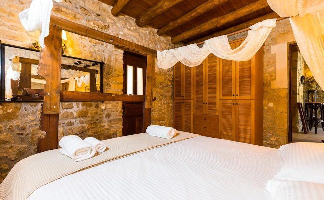 Villa Casa Sanguinazzo historical building in Crete 6