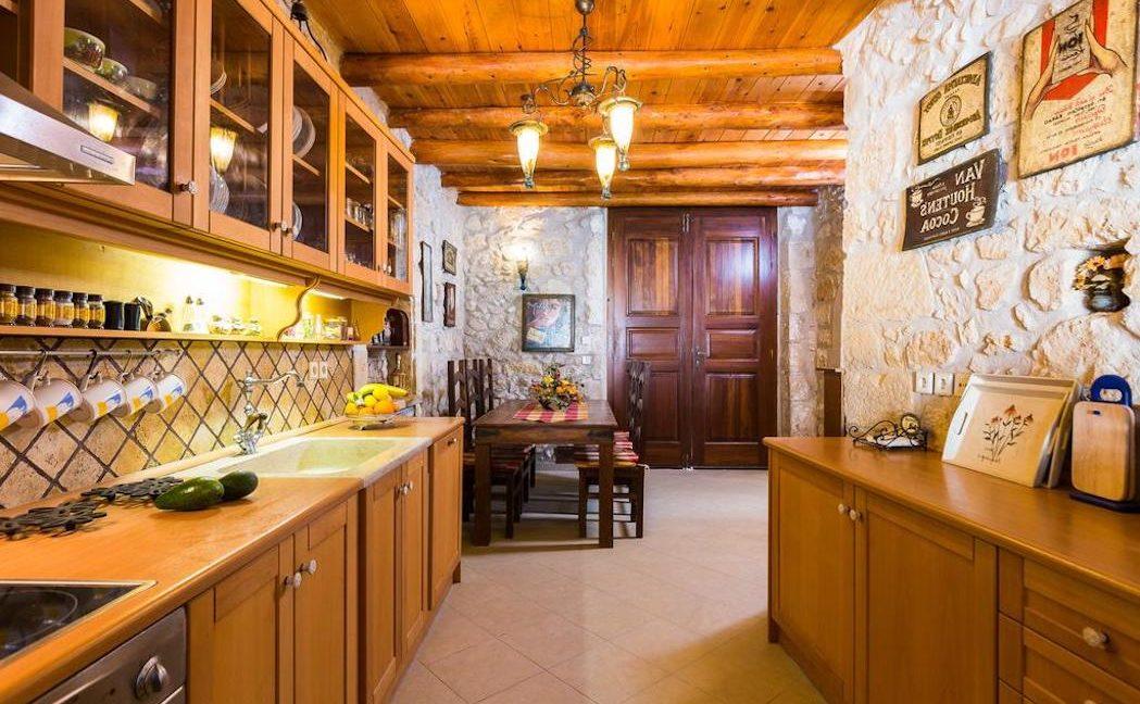 Villa Casa Sanguinazzo historical building in Crete 8