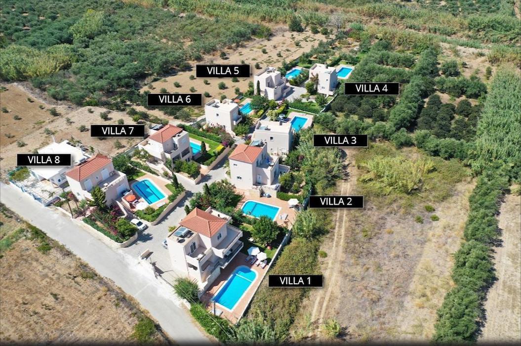 8 Villas Complex in Crete with Rental Contract