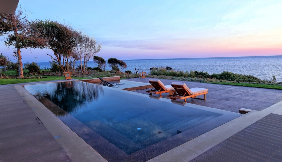 Waterfront Villa in Corfu 29
