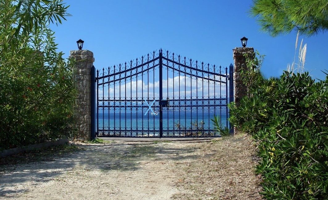Seafront Villa in Corfu for Sale, Corfu Homes for sale