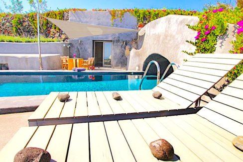 Villas Hotel at Oia Santorini , Investment Santorini