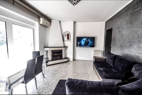 Apartment Nikaia North East Athens, Homes in Athens Greece