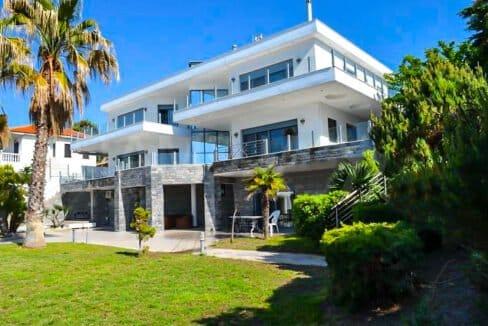 Beachfront Luxury Estate in Chalkidiki, Luxury Villa in Chanioti 1