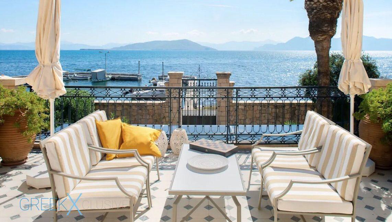 Beautiful Beachfront Villa near Athens, Aegina Island