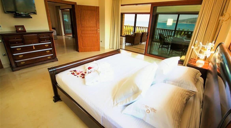 Luxury Sea front Villa in Attica FOR SALE - Porto Germeno, Luxury Beachfront Estate Greece, Luxury Estates Greece 11
