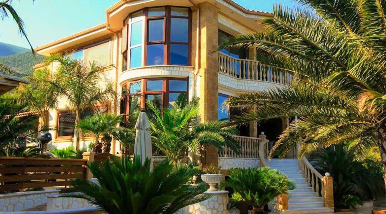 Luxury Sea front Villa in Attica FOR SALE - Porto Germeno, Luxury Beachfront Estate Greece, Luxury Estates Greece 38