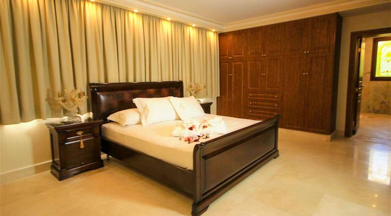 Luxury Sea front Villa in Attica FOR SALE - Porto Germeno, Luxury Beachfront Estate Greece, Luxury Estates Greece 8