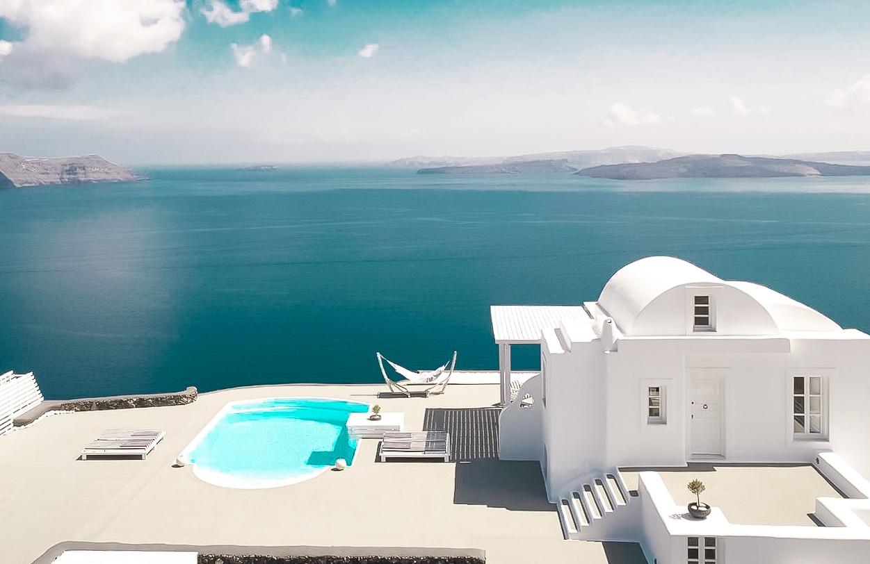 Super Villa at Oia Santorini with 12.800 sq.m Land Plot at Caldera