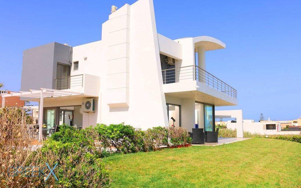 Villa at the Beach in Gouves Heraklio, Seafront Villa Crete 11