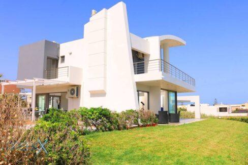 Villa at the Beach in Gouves Heraklio, Seafront Villa Crete