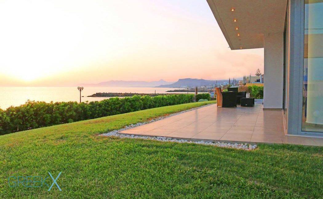 Villa at the Beach in Gouves Heraklio, Seafront Villa Crete 12