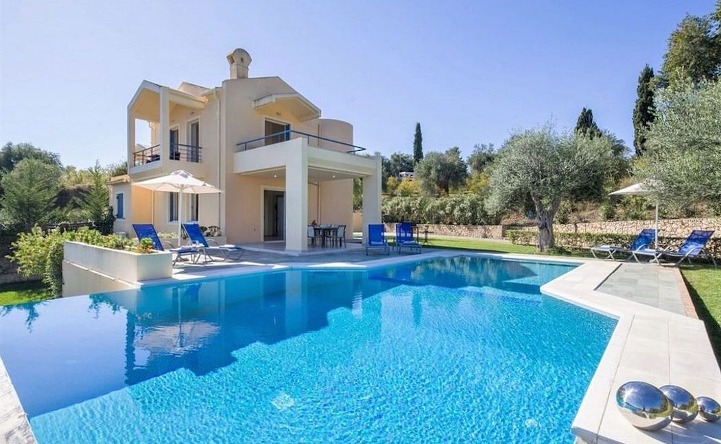 Villa in North Gouvia in Corfu, Corfu Home