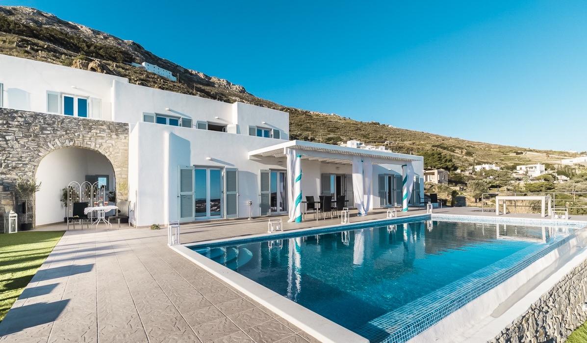 Gorgeous Villa in Paros