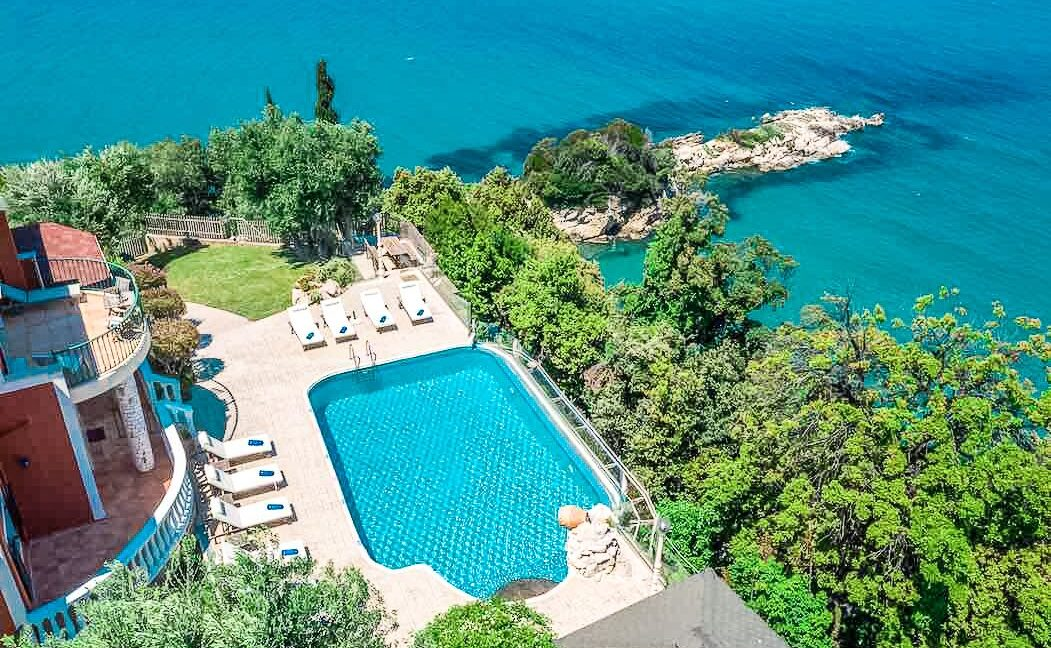 Beachfront Villa in Corfu for sale, Corfu Homes for sale
