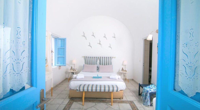 Caldera Santorini! Cave House of 2 Levels in Oia 25