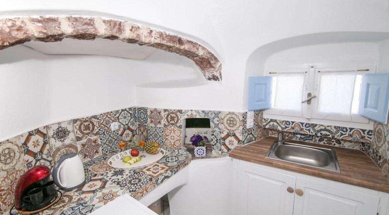 Caldera Santorini! Cave House of 2 Levels in Oia 4