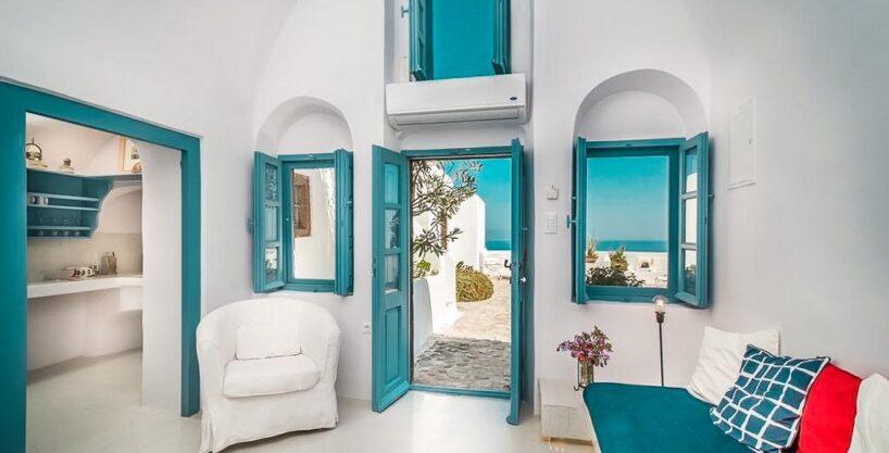 Small Hotel for Sale Finikia Oia Santorini, Hotel Sales Santorini