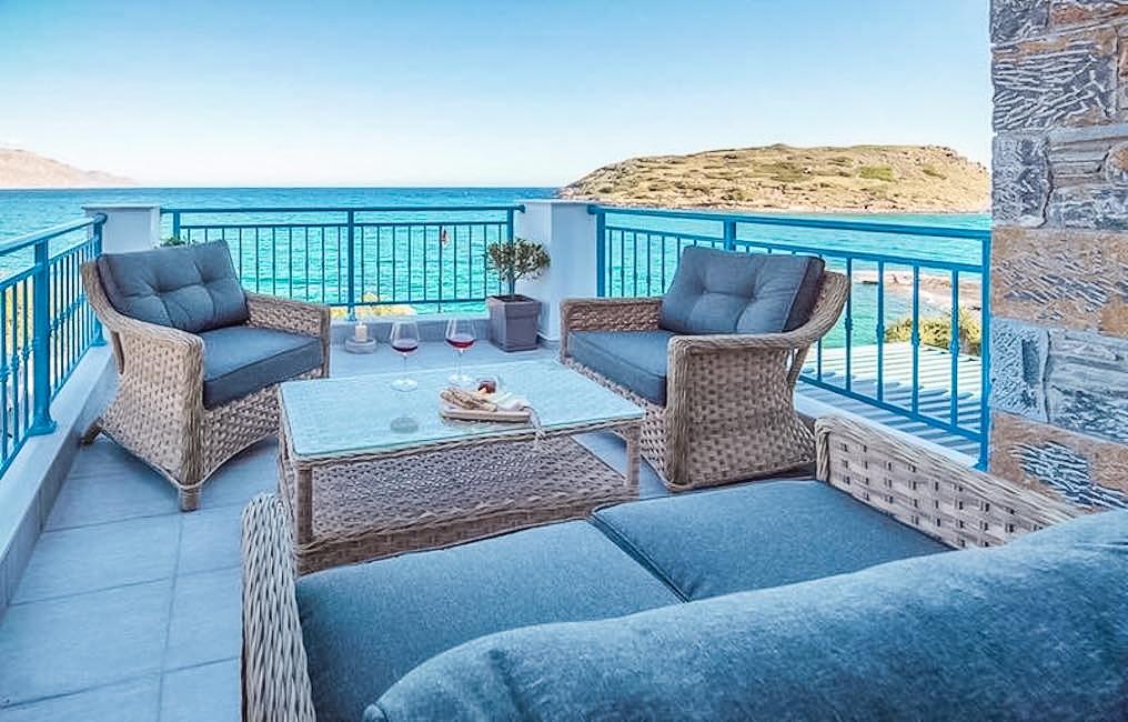 Waterfront Villa with sea view in Crete