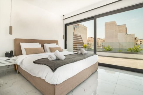 partments for Sale in the Center of Athens , Guaranteed income 8