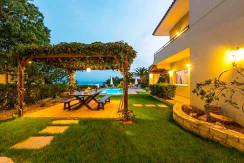 Beautiful Villa near the sea in Crete 17