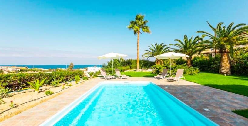 Beautiful Villa near the sea in Crete