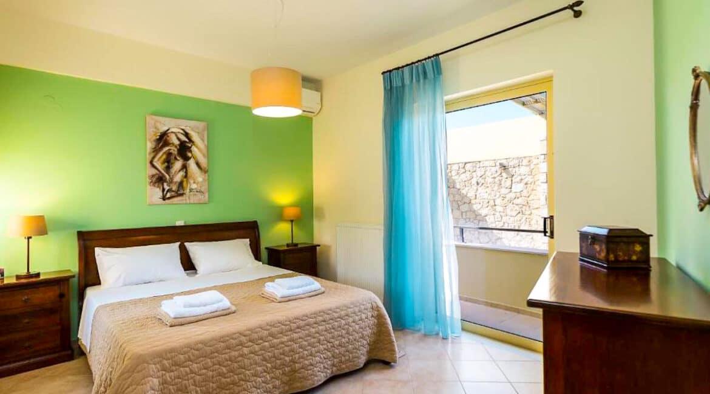 Beautiful Villa near the sea in Crete 5