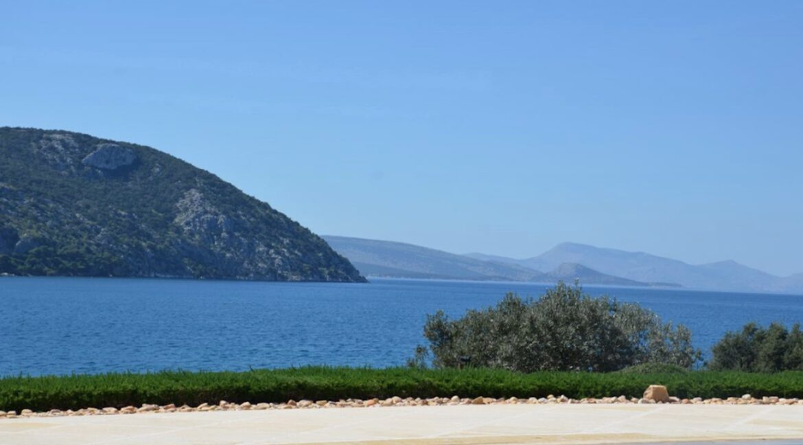 Seafront Mansion Porto Heli for Sale.  Porto heli Real Estate. Seafront Villa 12