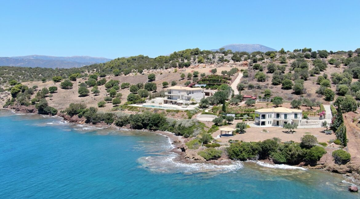 Seafront Mansion Porto Heli for Sale.  Porto heli Real Estate. Seafront Villa 15
