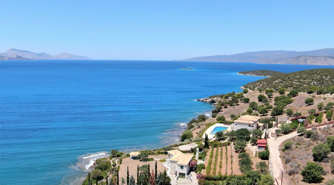 Seafront Mansion Porto Heli for Sale.  Porto heli Real Estate. Seafront Villa 17