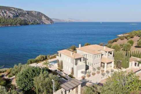 Seafront Mansion Porto Heli for Sale.  Porto heli Real Estate. Seafront Villa 18