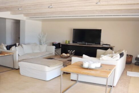Seafront Mansion Porto Heli for Sale.  Porto heli Real Estate. Seafront Villa 8