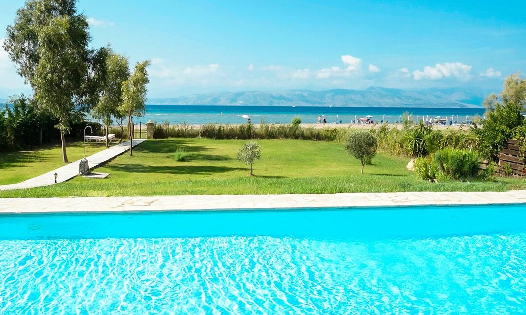Villa with direct sea access at Corfu, Kassiopi. Corfu Luxury homes, Properties at the sea in Greece 13