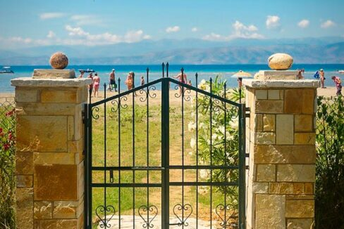 Villa with direct sea access at Corfu, Kassiopi. Corfu Luxury homes, Properties at the sea in Greece 14