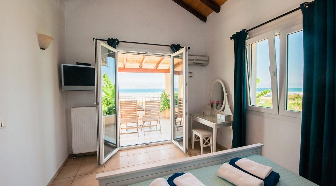 Villa with direct sea access at Corfu, Kassiopi. Corfu Luxury homes, Properties at the sea in Greece 20
