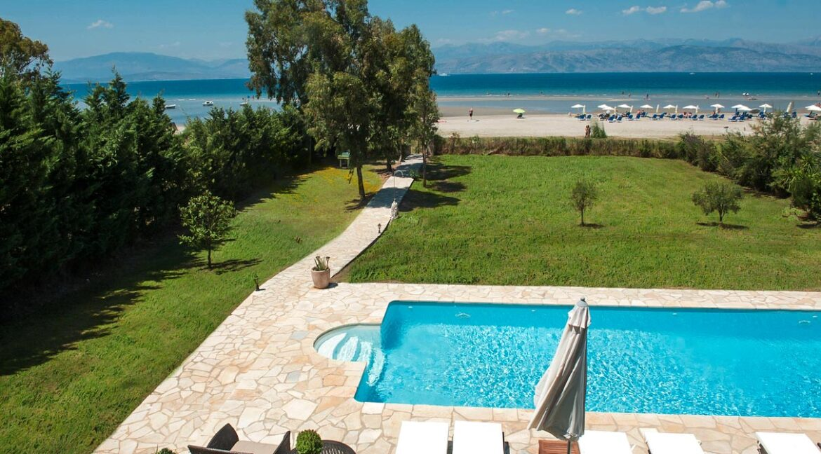 Villa with direct sea access at Corfu, Kassiopi. Corfu Luxury homes, Properties at the sea in Greece 31