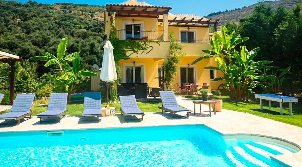 Villa with direct sea access at Corfu, Kassiopi. Corfu Luxury homes, Properties at the sea in Greece 8