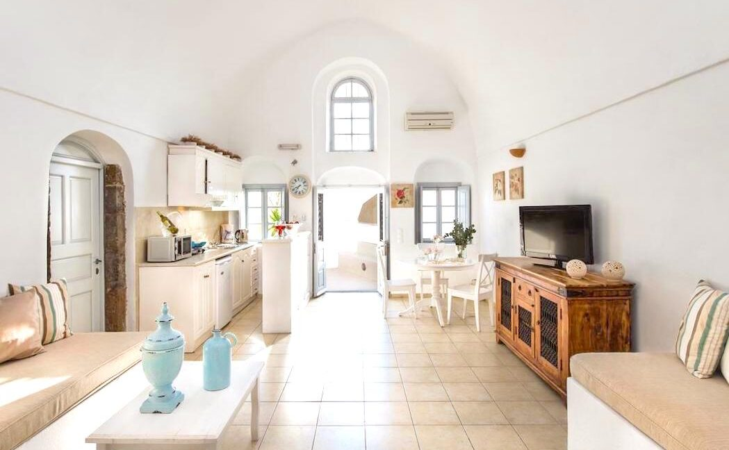 House at Caldera Santorini, Property in Imerovigli Santorini 15