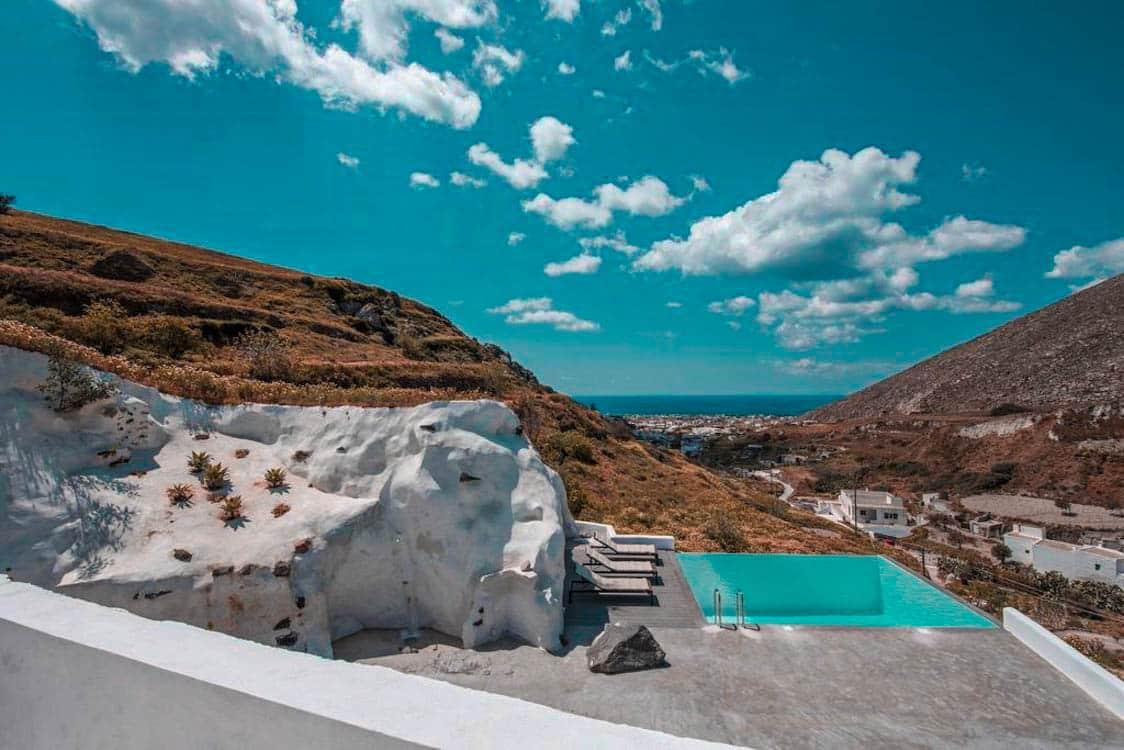 Amazing Property Emporio Santorini