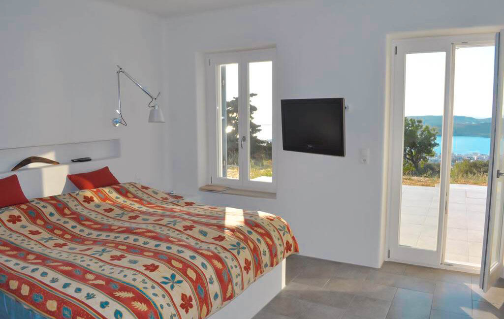 Sea view villa in Paros for Sale, Paros Greece Properties 10