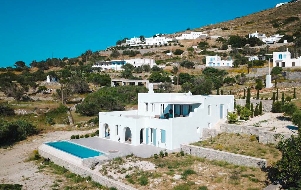 Sea view villa in Paros for Sale, Paros Greece Properties 15
