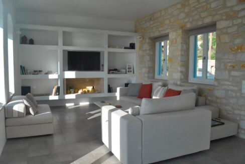 Sea view villa in Paros for Sale, Paros Greece Properties 16
